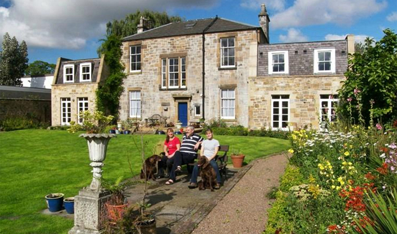 Family Guest House Bb Near Edinburgh Scotland